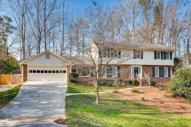 2548 Midvale Forest Drive-small-003-13-Exterior Front-666x444-72dpi