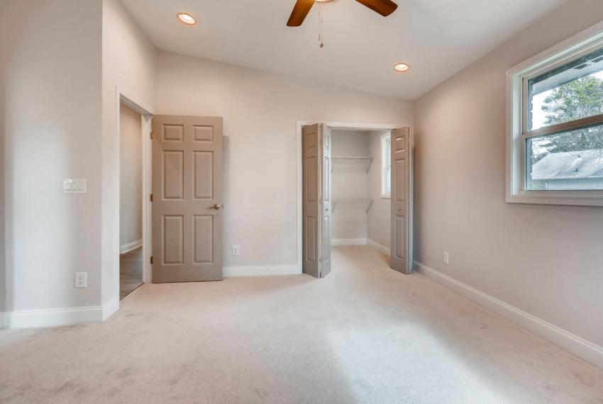 2991 Marlin Drive Atlanta GA-large-019-10-2nd Floor Master Bedroom-1499x1000-72dpi