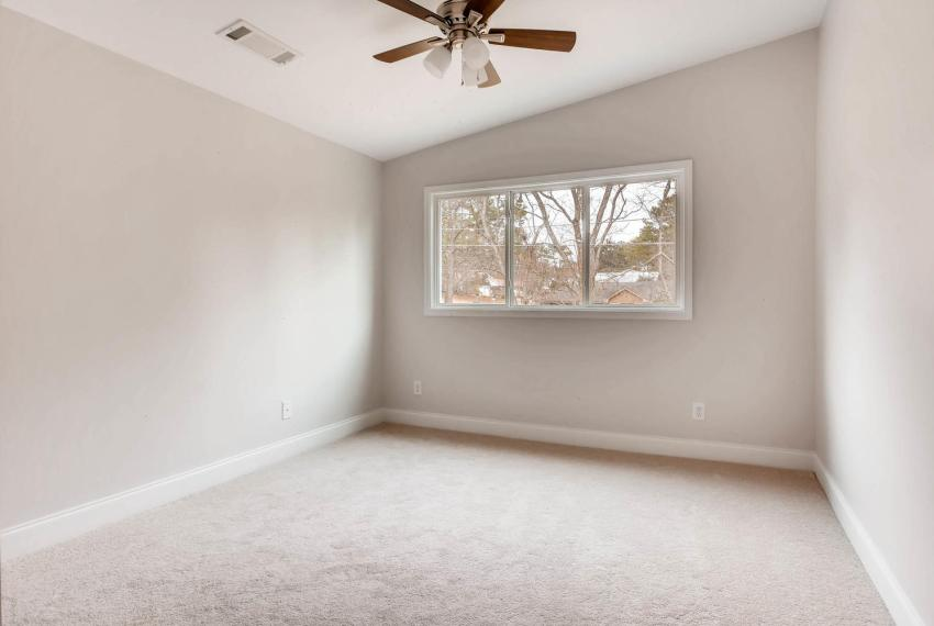2991 Marlin Drive Atlanta GA-large-027-14-2nd Floor Bedroom-1499x1000-72dpi