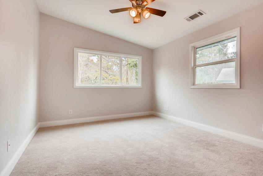 2991 Marlin Drive Atlanta GA-large-030-32-2nd Floor Bedroom-1499x1000-72dpi