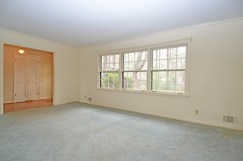 3718 Northbrook Court Atlanta GA 30340 6 Living room 1