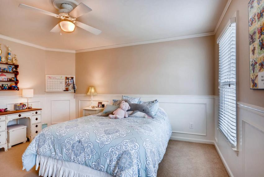 821 Lakeglen Drive Suwanee GA-large-027-8-2nd Floor Bedroom-1499x1000-72dpi