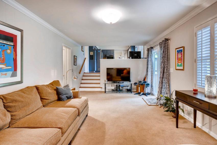 2895 Evans Woods Drive Atlanta-large-030-41-Lower Level Family Room-1499x1000-72dpi