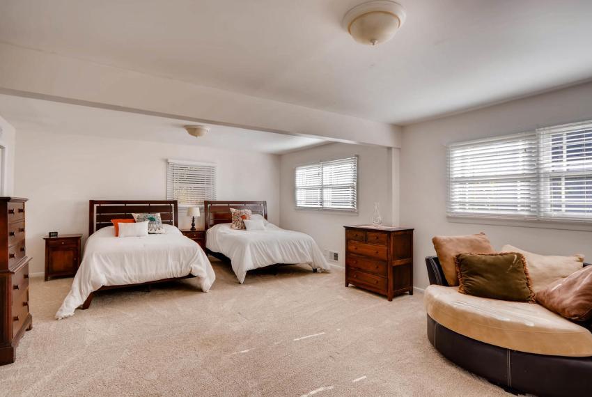 2895 Evans Woods Drive Atlanta-large-039-56-Lower Level Bedroom-1499x1000-72dpi