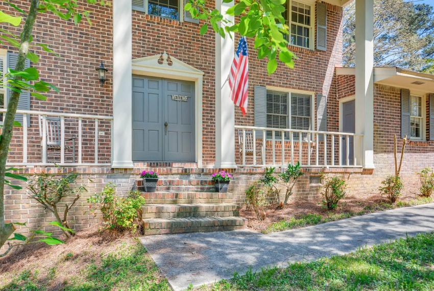 3961 Briaridge Circle Atlanta-large-007-4-Exterior Front Entry-1499x1000-72dpi