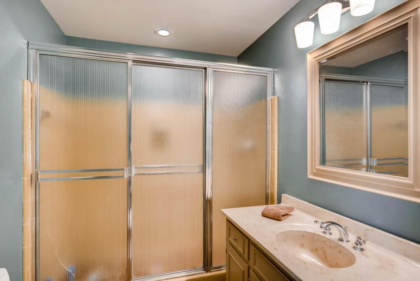 3982 Northlake Creek Ct Tucker-large-022-22-Master Bathroom-1499x1000-72dpi