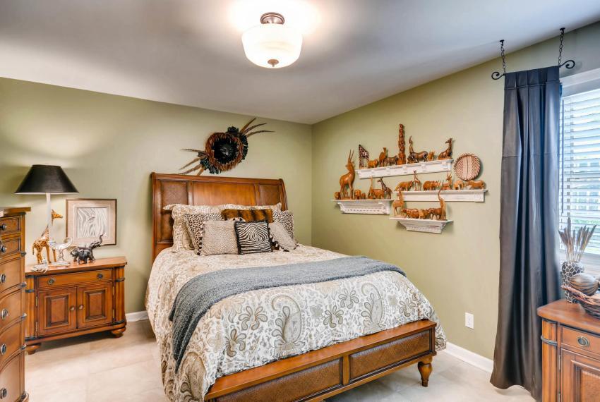 3982 Northlake Creek Ct Tucker-large-028-18-Lower Level Bedroom-1499x1000-72dpi