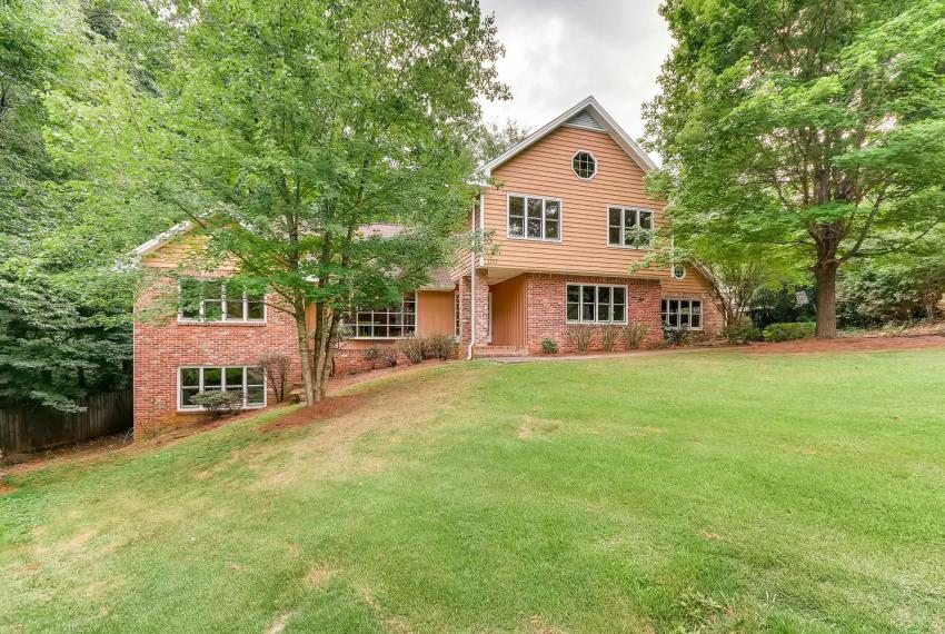 3592 Coldwater Canyon Ct-large-003-17-Exterior Front-1499x1000-72dpi