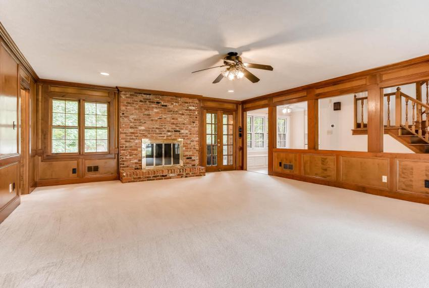 3592 Coldwater Canyon Ct-large-014-12-Family Room-1499x1000-72dpi