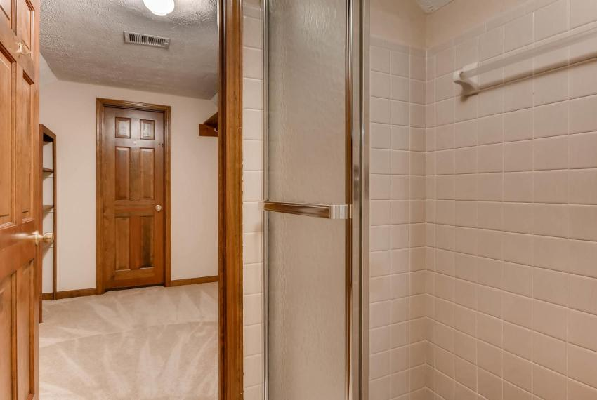 3592 Coldwater Canyon Ct-large-020-31-2nd Floor Master Bathroom-1499x1000-72dpi