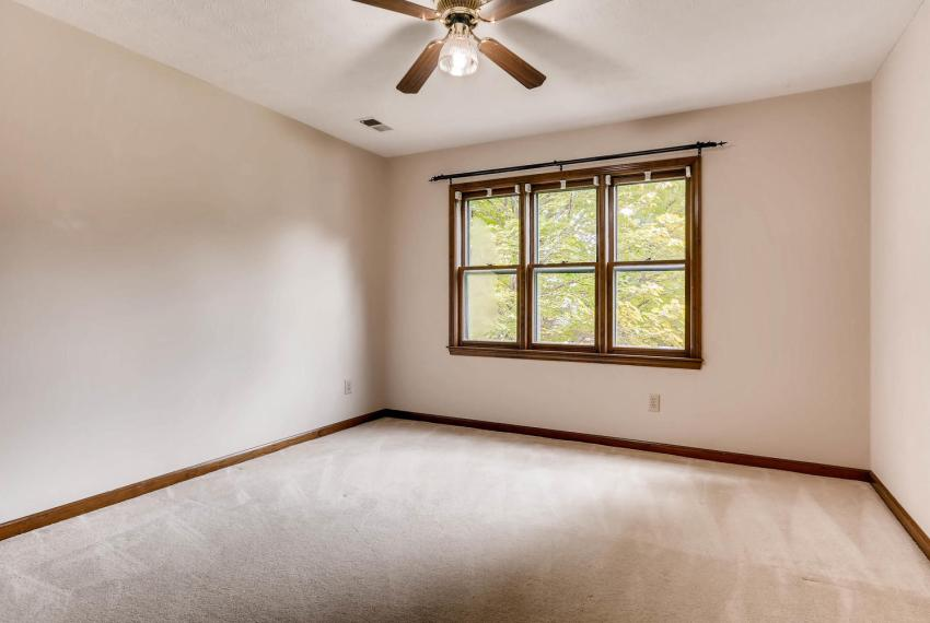 3592 Coldwater Canyon Ct-large-022-32-2nd Floor Bedroom-1500x1000-72dpi