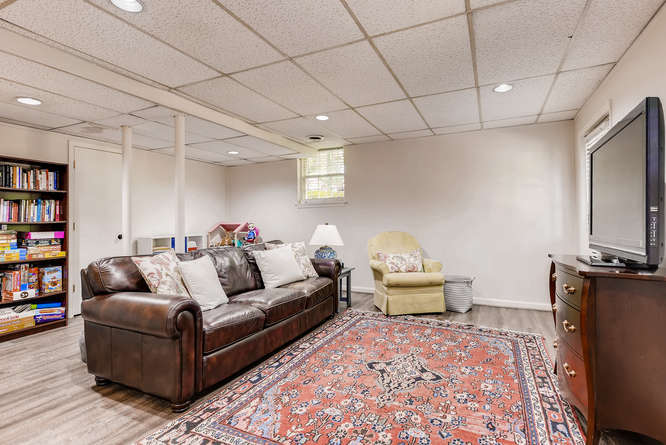 2456 Helmsdale Dr NE Atlanta-small-032-29-Lower Level Recreation Room-666x445-72dpi