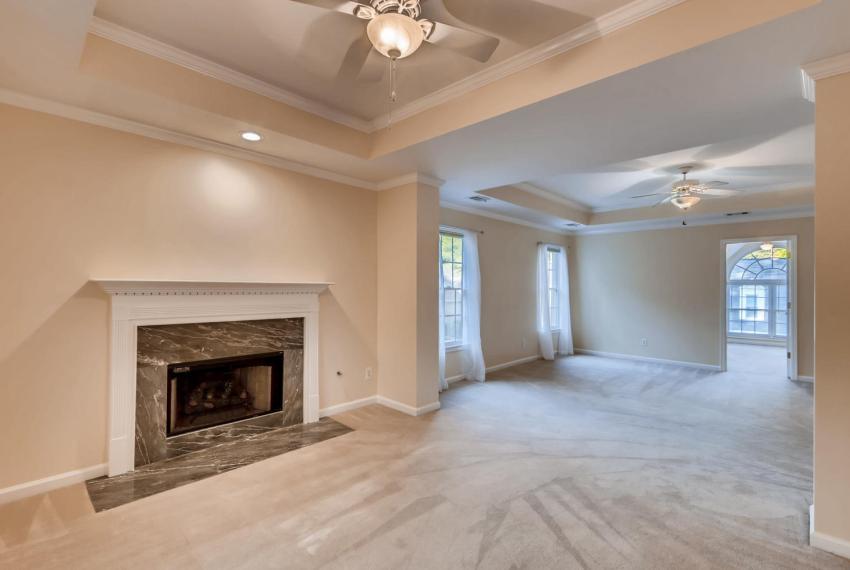 3131 Kings Arm Atlanta GA-large-028-11-2nd Floor Master Bedroom-1500x1000-72dpi