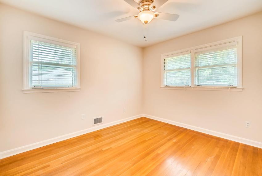 3218 Rehoboth Dr Decatur GA-large-028-34-2nd Floor Bedroom-1500x1000-72dpi