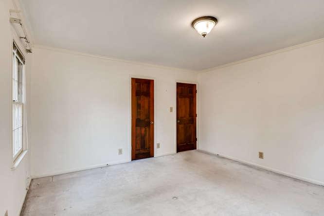 2263 Shasta Way NE Atlanta GA-small-028-27-2nd Floor Bedroom-666x444-72dpi