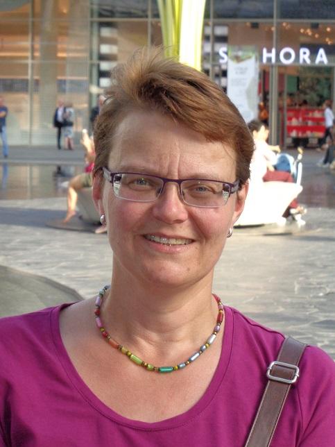 Photo of Christine Konstantinidis