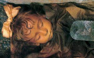 Rosalie: Záhada mrkající mumie!