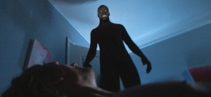 Tajemné stíny vložnici: Kdo postává u našich postelí?