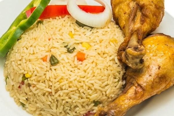 blog.stylishgwinafrica.com how to cook nigerian coconut rice coconut rice