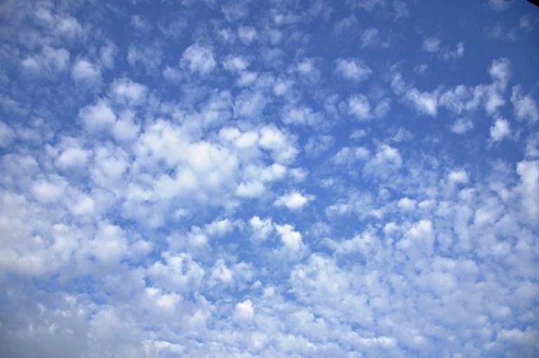 bentuk awan altokumulus