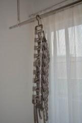 hanger02