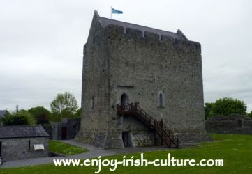 castles medieval ireland castle irish athenry norman galway tower culture build early building county construction normans enjoy shannon century example