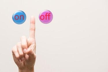 電源「ON」「OFF」のボタンイメージ