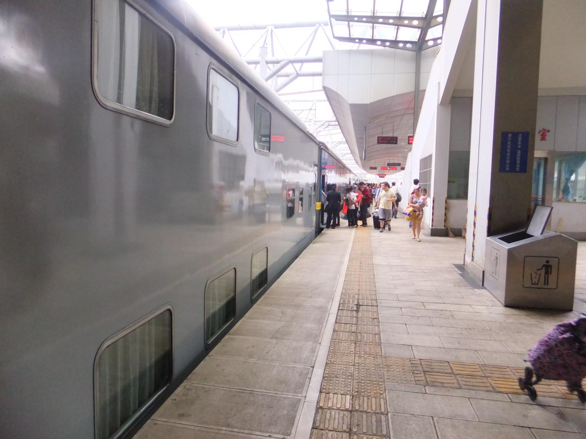昆明から麗江へ・・・列車の旅   エンジョイ・アジア
