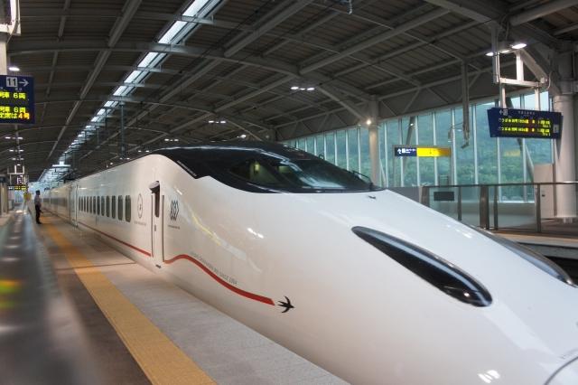 年末年始の新幹線の予約はいつから出来る?