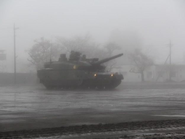 駒門駐屯地創立56周年記念式典・観閲式・10式戦車・パフォーマンス・ヒトマル爆走