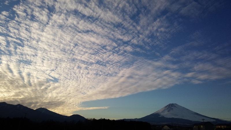 女富士 表富士 冬の富士山