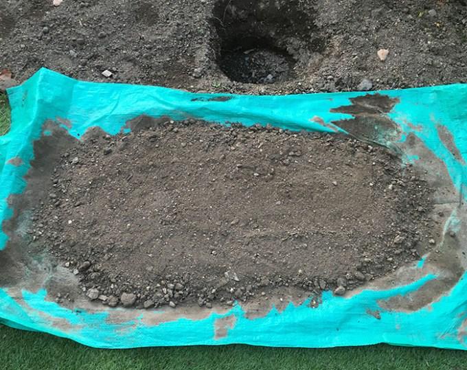 乾燥させる土