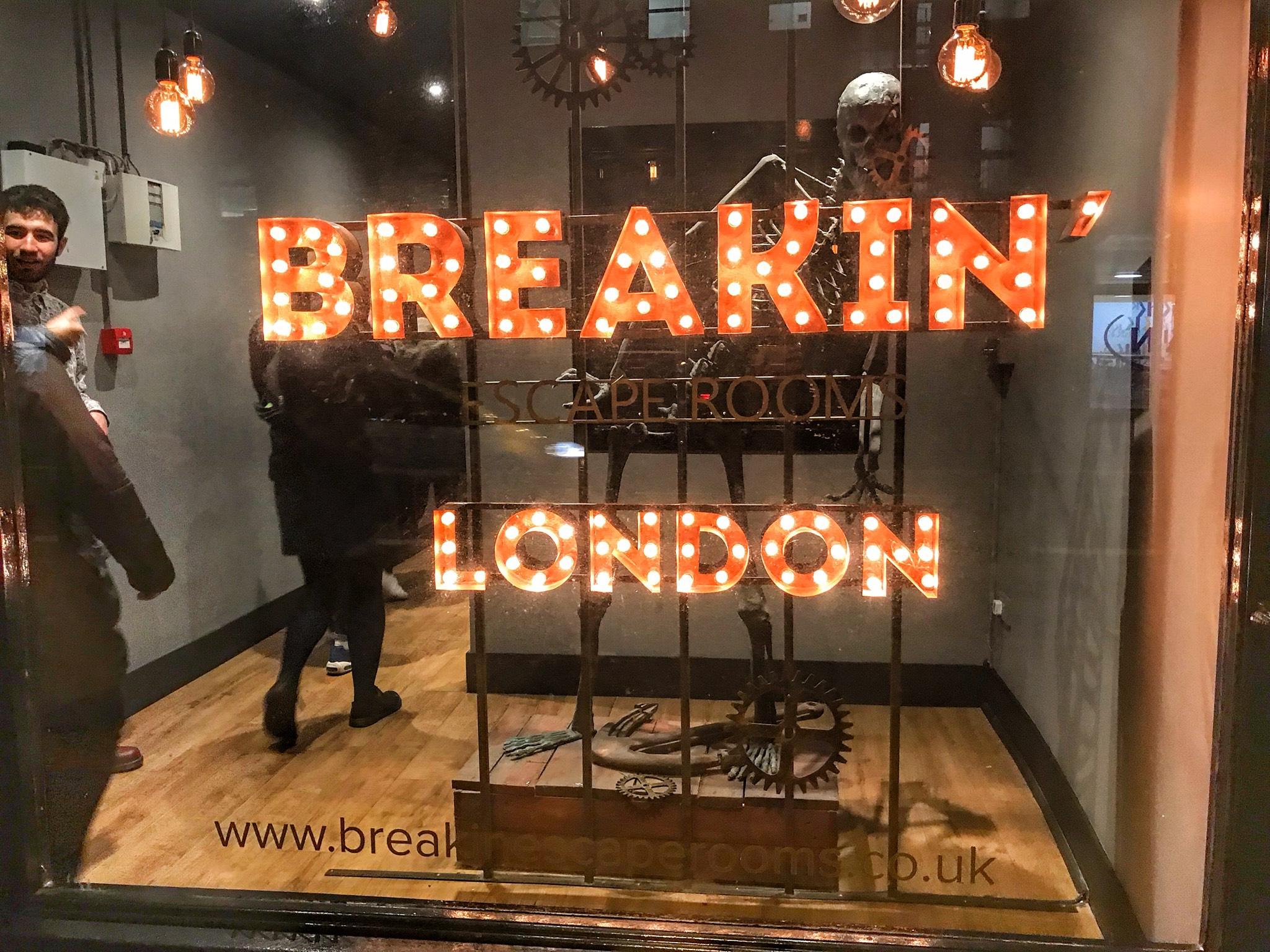 Breakin Escape Rooms Sherlock S Despair