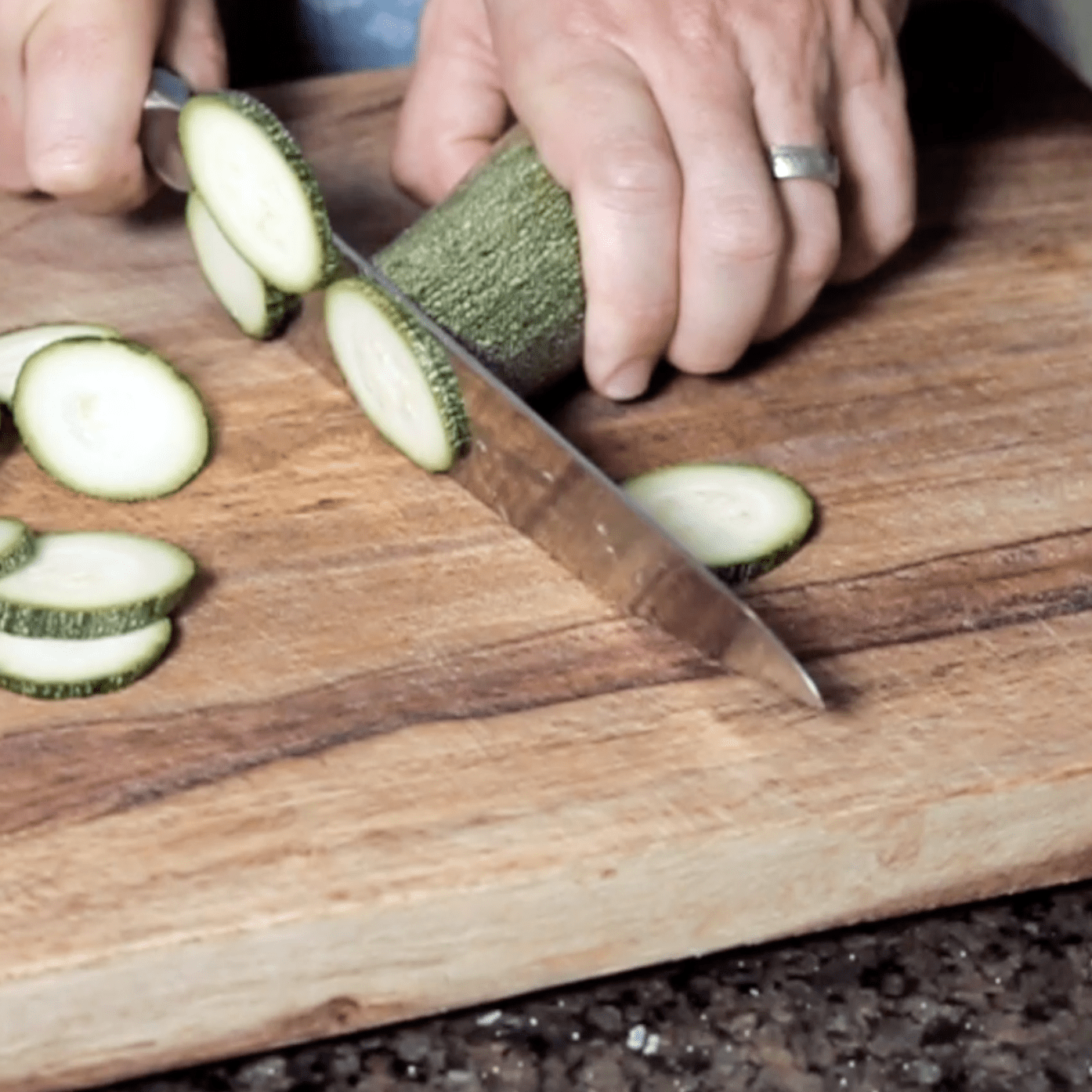 Slice the zucchinis to chip size