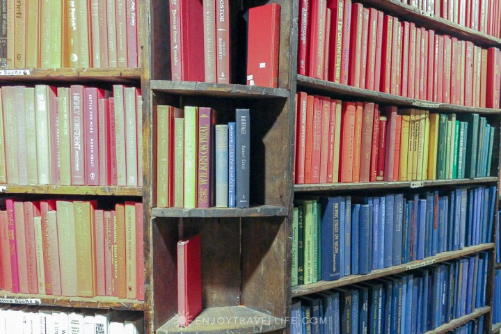 California's Largest Used and New Book and Record Store - Colorful Books