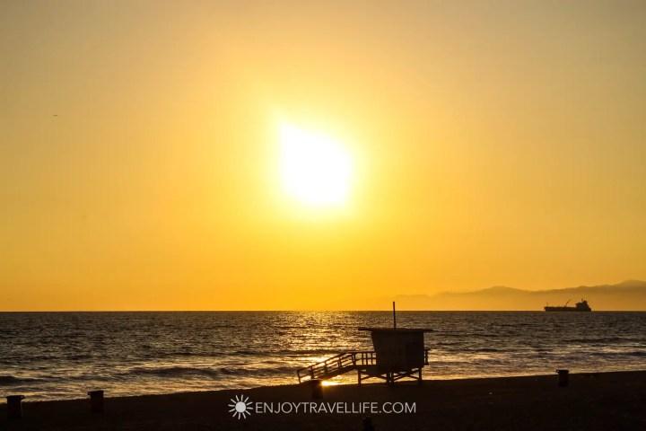 Hidden gems in L.A. - Sunset over the Pacific Ocean at Manhattan Beach California