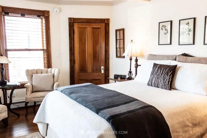 ADA compliant hotel in Falmouth Massachusetts