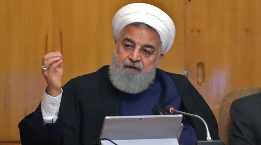 """إيران تقول إنها تمارس ضبط النفس رغم التصعيد """"غير المقبول"""" للعقوبات"""