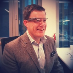 Google Glass matcher alle antrekk