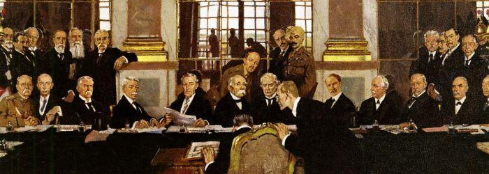 """Utsnitt fra William Orpens maleri """"The Signing of Peace in the Hall of Mirrors"""" - ikke en Bic-penn å se"""