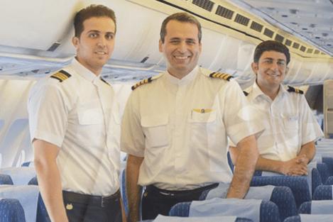 Bestningen ombord på IranAir - helt uten slips Foto: IranAir