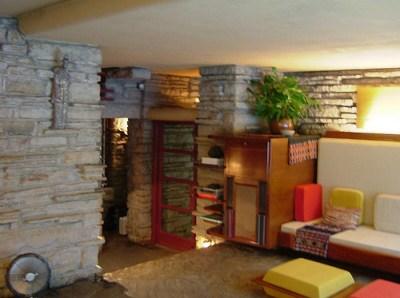 la maison sur la cascade, salon - Frank Lloyd Wright