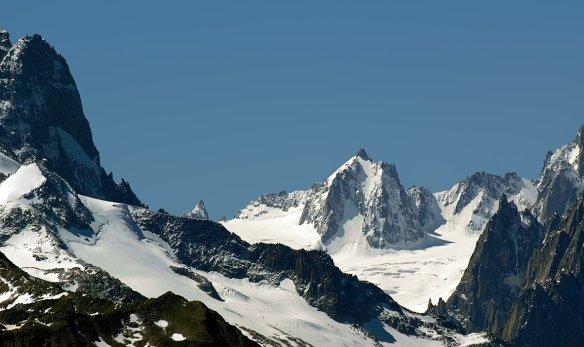 La Tour Ronde (Massif du Mont-Blanc) - crédit photo Ueli Raz