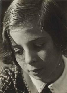 aenne-biermann-mein-kind-(helga-biermann,-la-fille-du-photographe, vers 1931)