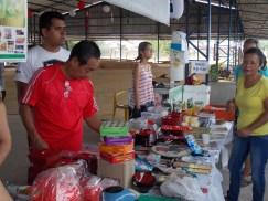 NIPPOBRASさんは食品から日用品まで販売しています。