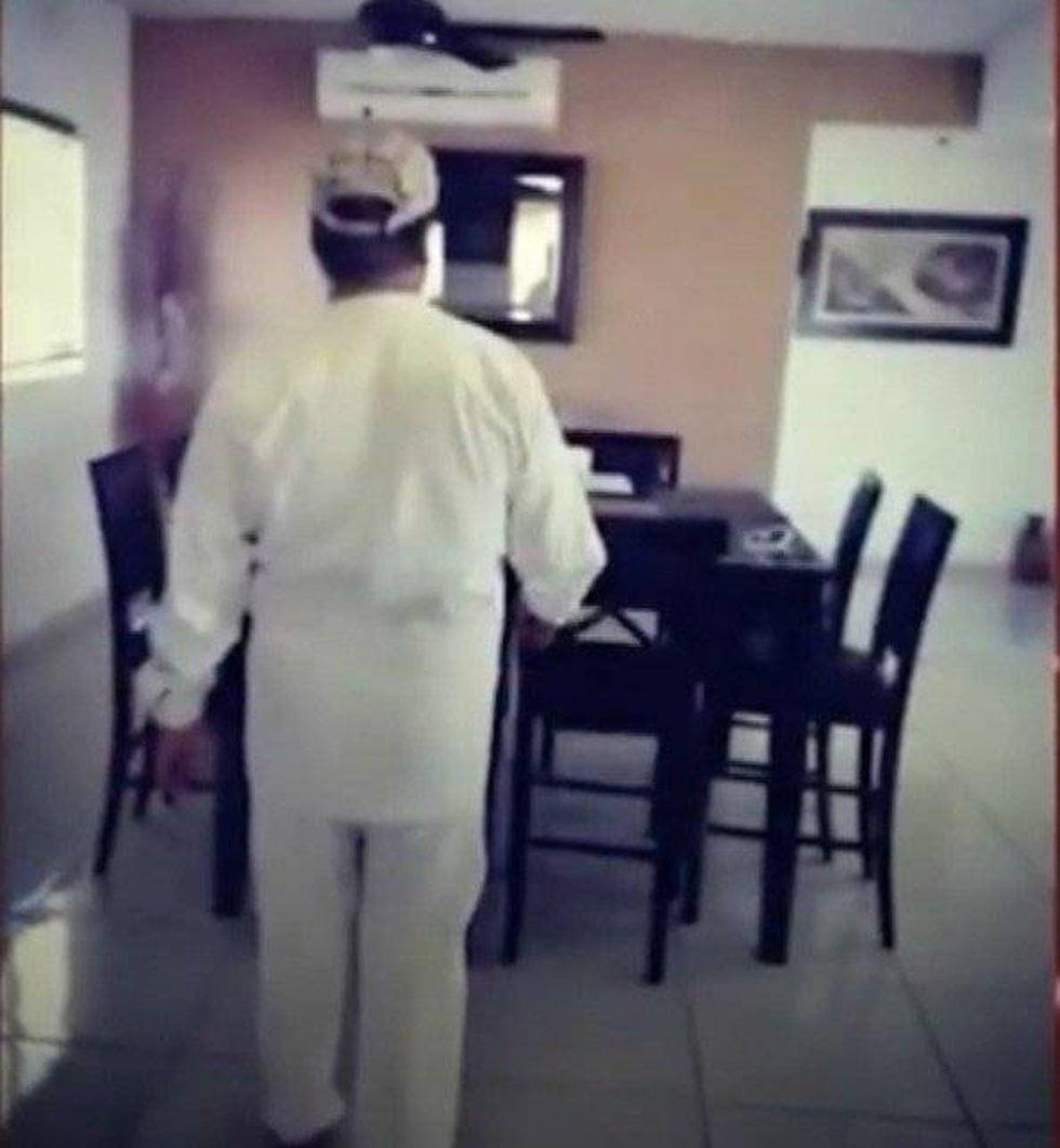 Músico de Juan Gabriel difunde pistas que confirman el retorno del cantante