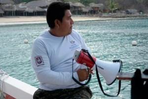 realizan-monitoreos-playas-huatulco-1 – Enlace de la Costa