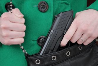 Legisladores de Carolina del Norte podrían llevar una arma oculta