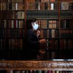 Getty_Коронавирус против книжного червя