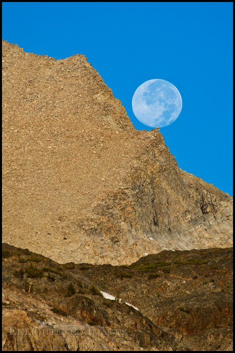 http://enlightphoto.com/photo-info/tiga2012-moon-balanced-on-rock-tioga-pass-photo.html